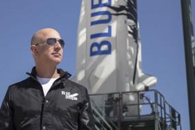 अमेज़न के सीईओ जेफ बेजोस जाएंगे स्पेस, अपनी कंपनी ब्लू ओरिजिन के रॉकेट न्यू शेपर्ड से 20 जुलाई को होंगे रवाना