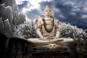 मासिक शिवरात्रि: शिव लिंग पर पुष्प चढ़ाने से मिलेगा ये लाभ, जानें पूजा की विधि