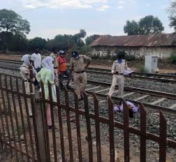 शाहपुर निवासी दम्पत्ति ने ट्रेन से कटकर की आत्महत्या