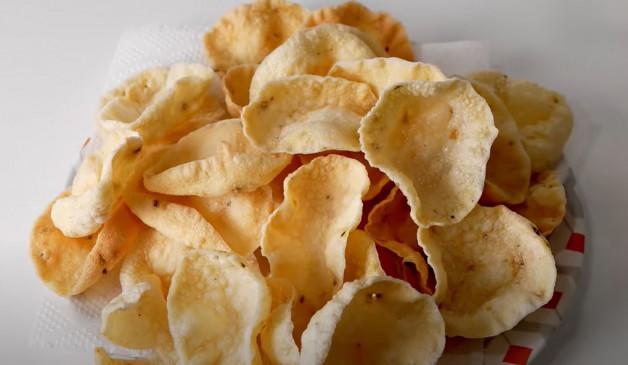 Snacks: घर पर बनाएं सूजी का क्रिस्पी और स्वादिष्ट पापड़, आसान है रेसिपी