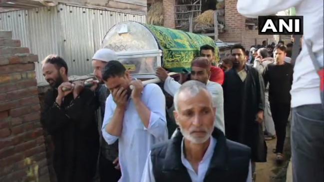 जम्मू-कश्मीर: आतंकी हमले में पूर्व SPO और उनकी पत्नी की मौत, घायल बेटी ने भी तोड़ा दम