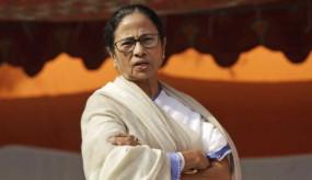 ममता बनर्जी को कोलकत्ता हाईकोर्ट ने लगाई फटकार, कहा- चुनाव के दौरान हुई हिंसाओं पर अब तक क्यों नहीं उठाए ठोस कदम