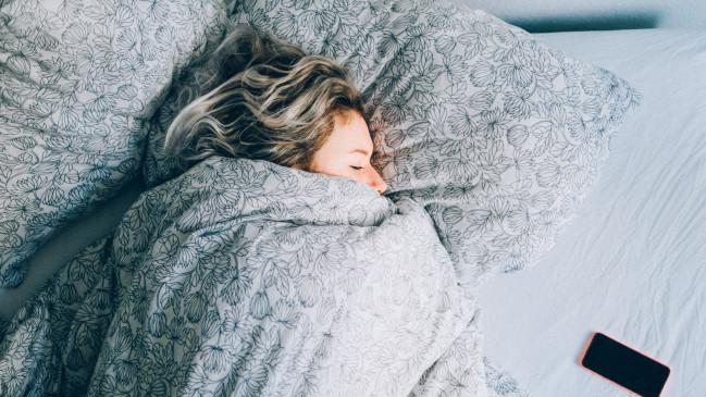 कम नींद लेने से हो सकता हैं हार्ट अटैक ! जानिए, आखिर क्यों जरुरी हैं सोना ?