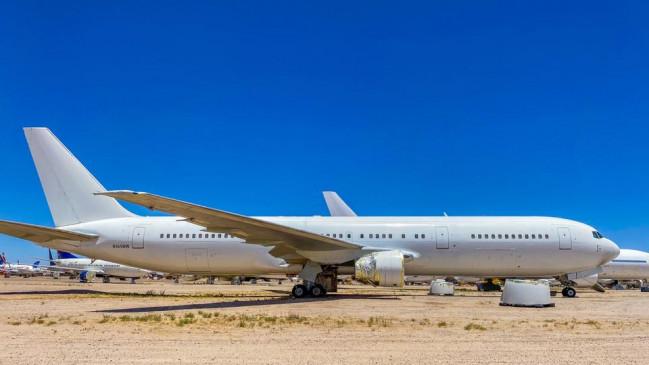 30 सालों से खड़े इस विमान को मालिक की बेरुखी ने बना दिया अनाथ, ऐसी है इसकी दिलचस्प कहानी