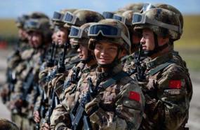 LAC के पास चीन बना रहा कंक्रीट स्ट्रक्चर्स, बॉर्डर पर तेजी से सैनिकों की तैनाती में मिलेगी मदद