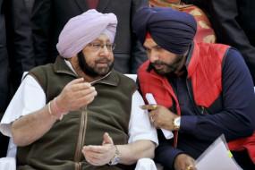 सिद्धू के अमरिंदर पर निशाना साधे जाने के बाद कांग्रेस नेताओं ने की कार्रवाई की मांग