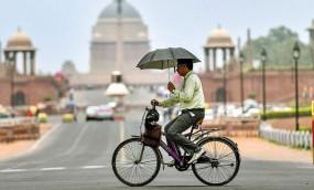 दिल्ली: जुलाई में 90 साल बाद दर्ज किया गया इतना अधिक तापमान, मौसम विभाग ने इस महीने बारिश के सामान्य रहने की संभावना जताई
