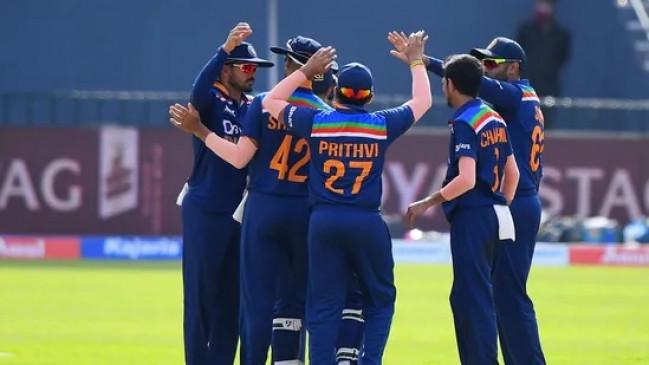 Live India vs Sri Lanka: श्रीलंका के गिरे 9 विकेट, भारत को दिया 276 रनों का टारगेट