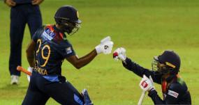Ind Vs SL 2nd T20: श्रीलंका ने भारत को 4 विकेट से हराया, करुणारत्ने के सिक्स ने पलटा मैच