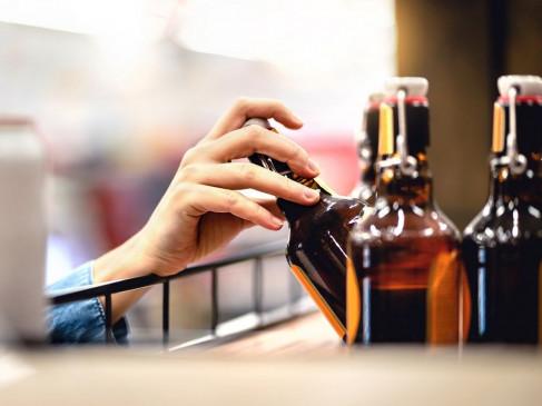 कोविड वैक्सीनेशन के बाद क्या असर करेगी शराब? डॉक्टर्स की सलाह के पीछे ये है बड़ी वजह