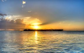 Live: Key West Florida में मैलोरी स्क्वायर से लाइव, विश्व प्रसिद्ध Mallory Square से सूर्यास्त देखें