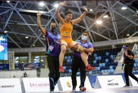 प्रिया मलिक ने वर्ल्ड कैडेट रेसलिंग चैंपियनशिप में गोल्ड जीता, ऐसा करने वाली देश की पहली एथलीट