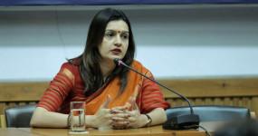 शिवसेना सांसद प्रियंका चतुर्वेदी का आईटी मंत्री को पत्र, महिलाओं की लाइव नीलामी प्रसारित करने वाले यूट्यूब चैनल पर कार्रवाई की मांग