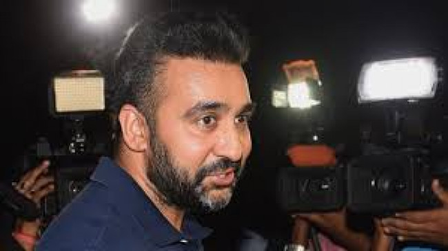 लाइव पोर्न स्ट्रीमिंग का बड़ा खिलाड़ी बनना चाहता था राज कुंद्रा, अब जांच के दायरे में शिल्पा शेट्टी