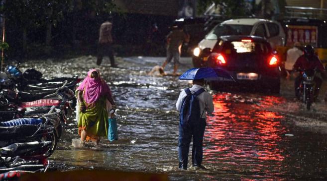 Heavy Rain: महाराष्ट्र और तेलंगाना समेत कई राज्यों में बारिश से तबाही, मौसम विभाग ने जारी किया अलर्ट - bhaskarhindi.com