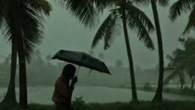 रेड अलर्ट : 24 घंटों में भारी बारिश की चेतावनी, भूस्खलन से एक ही परिवार के पांच की मौत