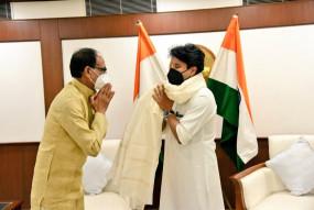 मंत्री बनने के बाद सिंधिया-शिवराज की मुलाकात, सीएम शिवराज ने दिल्ली में की बड़ी डिमांड