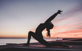 Health: जानिए, योग करने के फायदें और इसके spiritual benefits