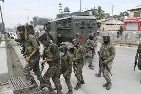 बीते 36 घंटे में जम्मू-कश्मीर में 7 आतंकी मारे गए, दो जवान शहीद