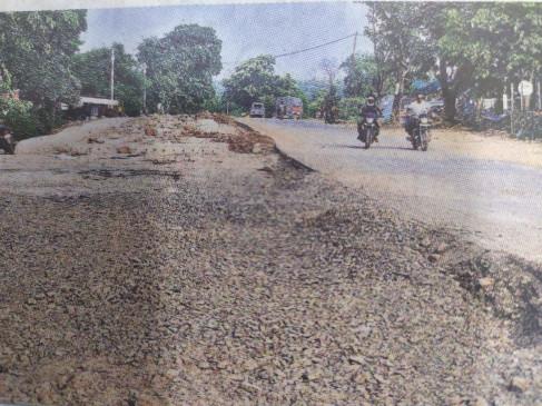 जबलपुर-मण्डला सड़क पर जंप मार रहे वाहन, क्वॉलिटी पर सवाल