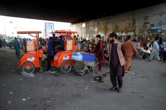 फेसबुक ने अफगानिस्तान में यूजर्स को तुरंत अपने खातों को लॉक करने की अनुमति दी