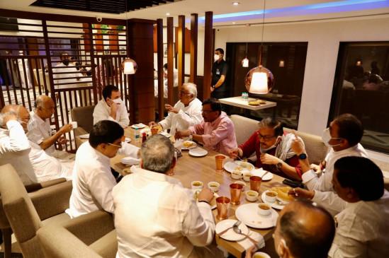 विपक्ष में फिर दिखा बिखराव ! राहुल गांधी की ब्रेकफास्ट मीटिंग में नहीं दिखे आप और बसपा