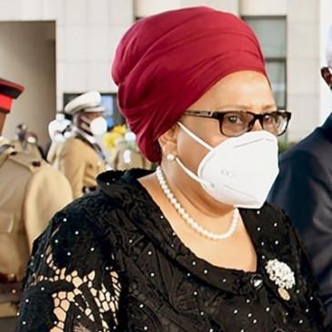 राष्ट्रपति सामिया ने पहली महिला रक्षा मंत्री को किया नियुक्त - bhaskarhindi.com