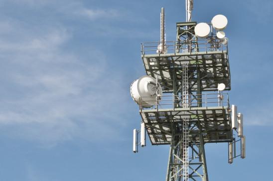 संकट से जूझ रहे टेलीकॉम सेक्टर को राहत नहीं
