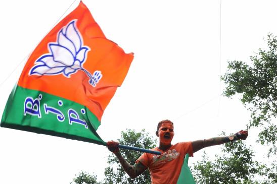 मंदिर तोड़े जाने, महंगाई को लेकर बीजेपी को झेलनी पड़ेगी विरोध की आंच