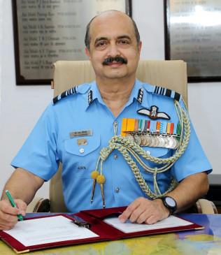 एयर चीफ मार्शल चौधरी ने नए आईएएफ प्रमुख के तौर पर संभाला कार्यभार