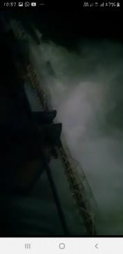 जिलहरी से ग्वारीघाट तक सारे टापू डूबे, नर्मदा मंदिर में गुंबद तक पानी