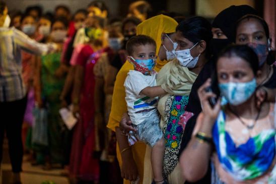 24 घंटे में मिले 24 हजार नए कोरोना संक्रमित, 39 हजार रिकवर हुए, 340 की मौत