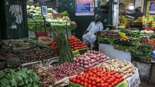 खुदरा महंगाई दर अगस्त में घटकर 5.30% पर पहुंची,  सब्जियों के दामों में आई कमी से दिखी मामूली गिरावट