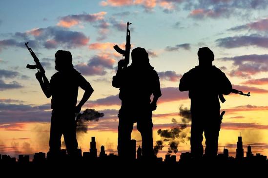पाकिस्तान में आईईडी हमले में सुरक्षाकर्मियों की मौत - bhaskarhindi.com