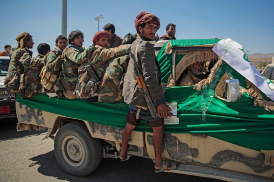 हूतियों ने ली सऊदी बेस पर मिसाइल हमले की जिम्मेदारी - bhaskarhindi.com