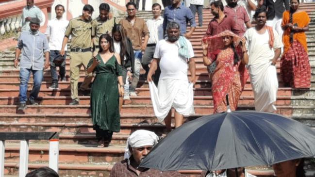 एतिहासिक महेन्द्र भवन में तेलगू फिल्म अहिंसा की हो रही शूटिंग