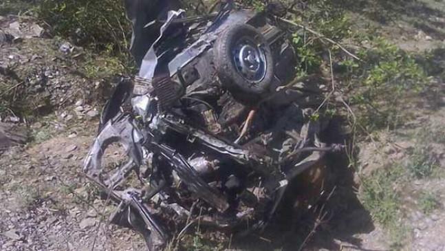 कार हादसे में एक ही परिवार के तीन सदस्यों की मौत